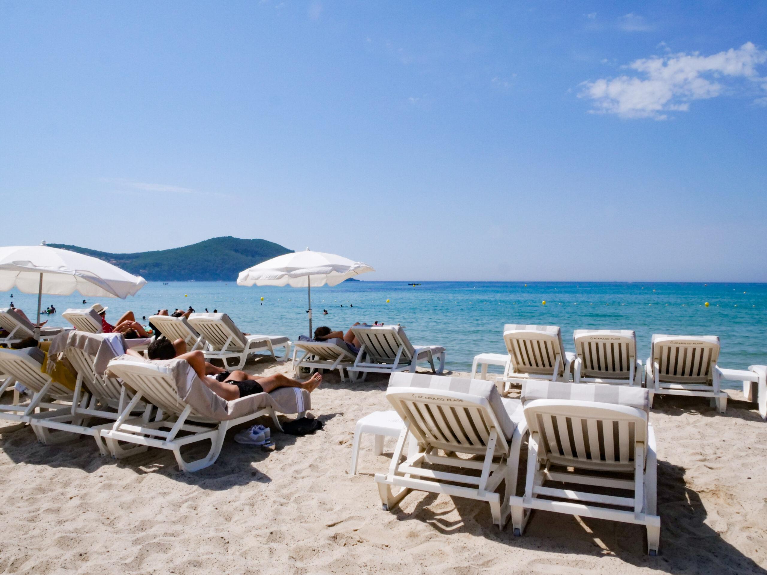 Acapulco Plage établissement de bains à Saint-Cyr-sur-Mer