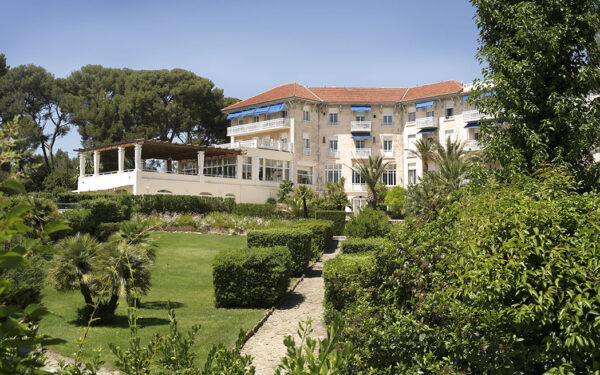 January offers at the Grand Hôtel les Lecques