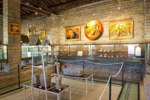 The last Villa Maritima : the Museum of Tauroentum