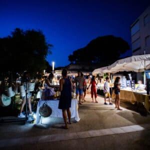 Marché Nocturne - Place Appel 18 Juin-11